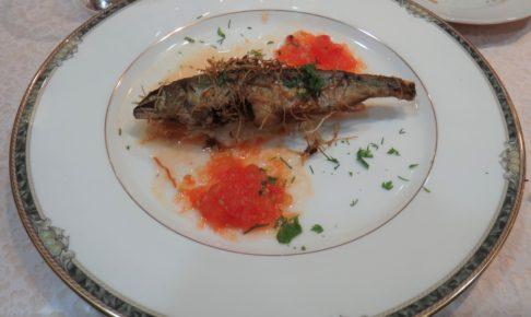 鮎を使ったフランス料理とブルゴーニュワインのマリアージュ
