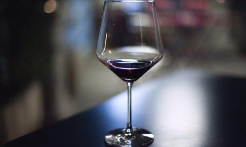 ヴォルネイーグラスワイン
